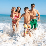 Chú ý cách tắm biển an toàn khi đến Villa FLC Sầm Sơn
