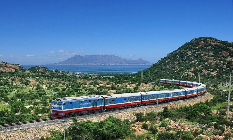 tàu hỏa về Sầm Sơn